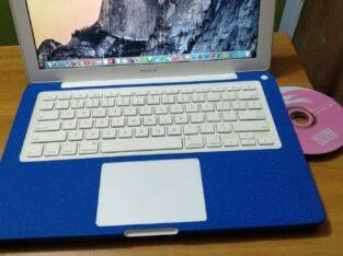 Laptop Apple MacBook 4GB Intel Core 2 Duo HDD 250G