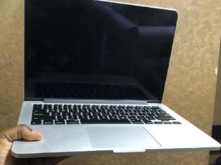 Laptop Apple MacBook Pro 4GB Intel Core I5 SSD 256