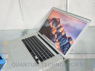Laptop Apple MacBook Pro 8GB Intel Core I5 SSHD